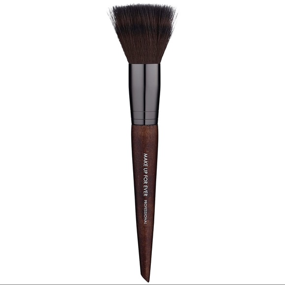 Makeup Forever Other - Makeup forever Pro 122 blending brush